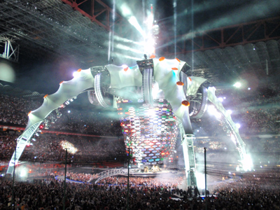 U2-concert-the-claw
